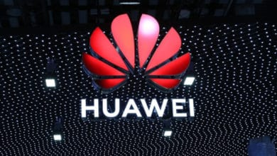 Photo of Trade War: Google Must Block Huawei Android Updates And Play Store