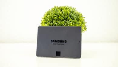 Photo of SSD under test: Samsung SSD 870 QVO